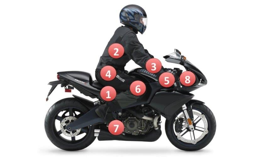 postura correcta conducir moto