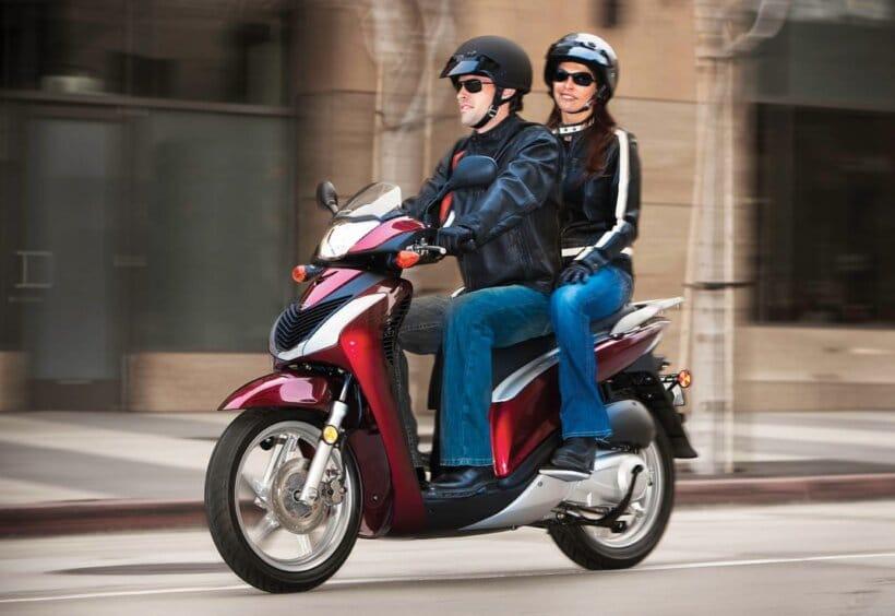 scooters mas vendidos españa 2013 honda SH 125i