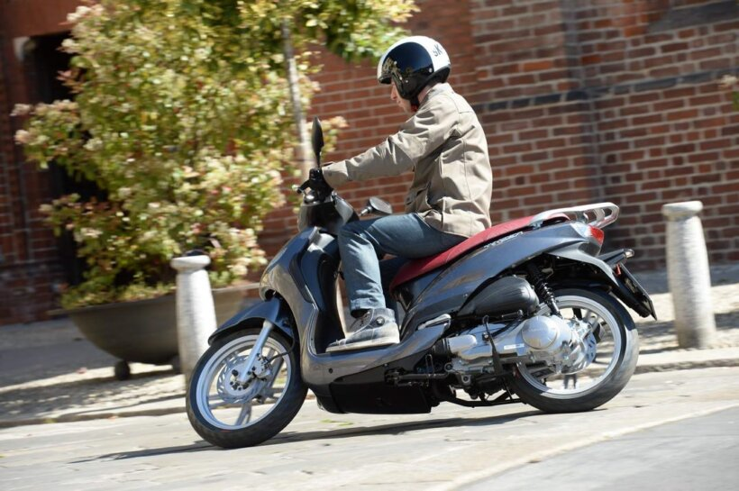 scooters mas vendidos españa 2013 peugeot tweet 125