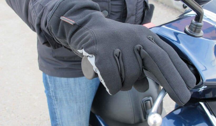 consejos no pasar frio moto guantes