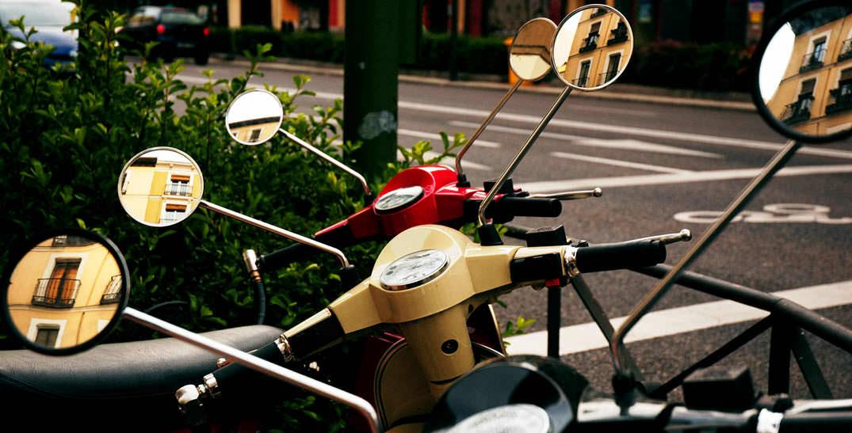 consejos para evitar robo moto aparcar zona visible