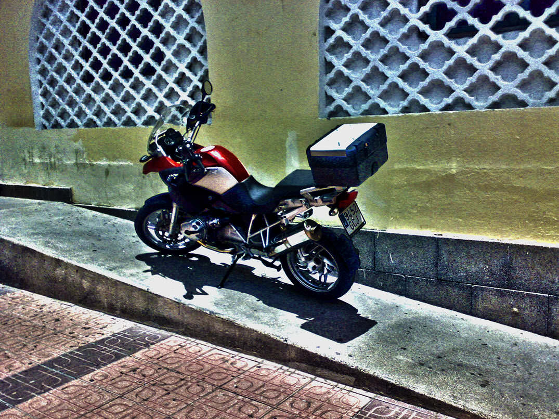 consejos para evitar robo moto bloquear direccion