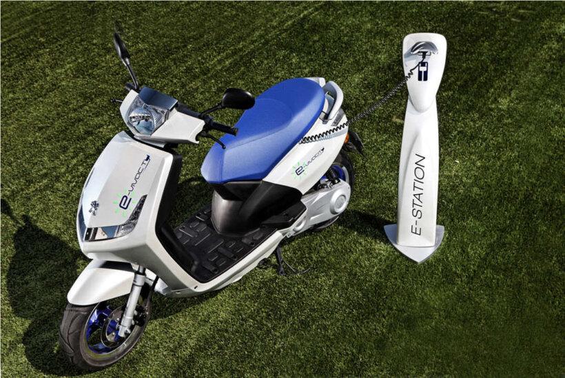 que necesitas saber antes de comprar moto electrica recarga
