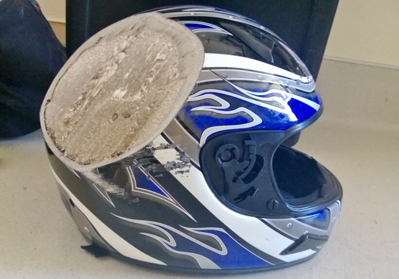 consejos conducir moto importancia del casco