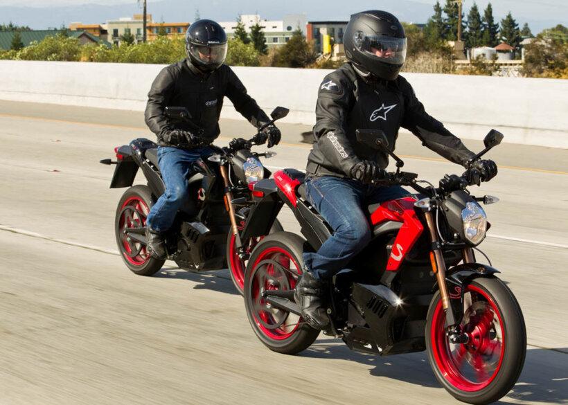 desventajas moto electrica velocidad limitada