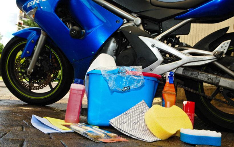 limpieza moto material necesario