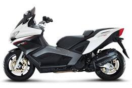 tipos de motos maxiscooter
