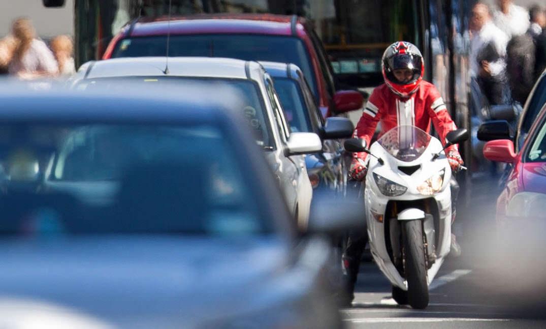 ventajas de motocicleta evitar atascos