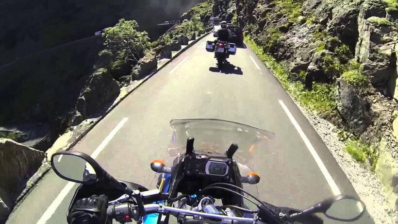 mejores carreteras mundo moto escalera trol noruega