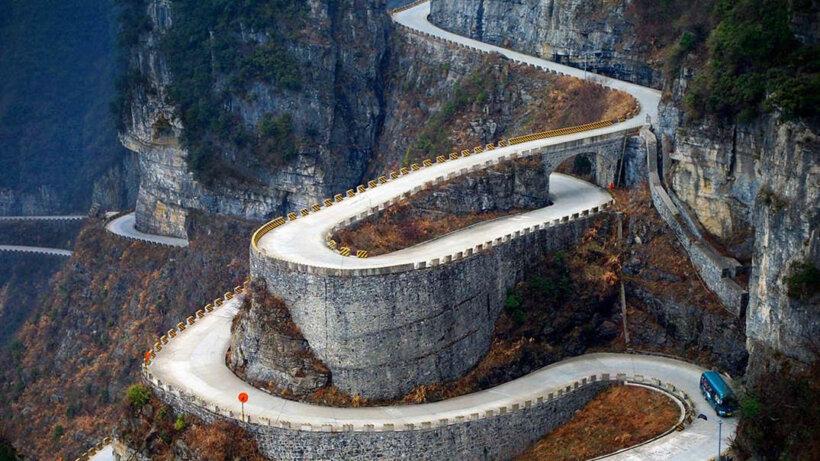 mejores carreteras mundo moto montaña tianmen hunan china