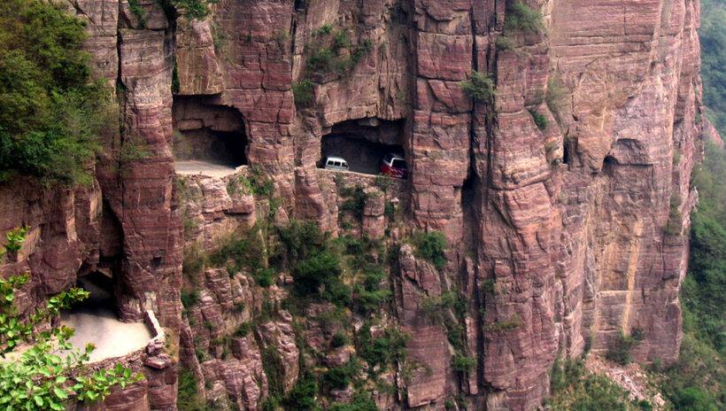 mejores carreteras mundo moto tunel guoliang china