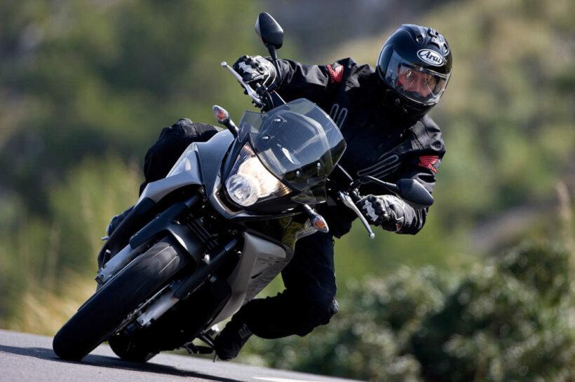 consejos mantenimiento frenos moto tipo conduccion