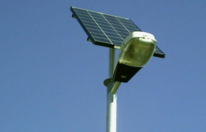 radares trafico falsos celula fotovoltaica farola
