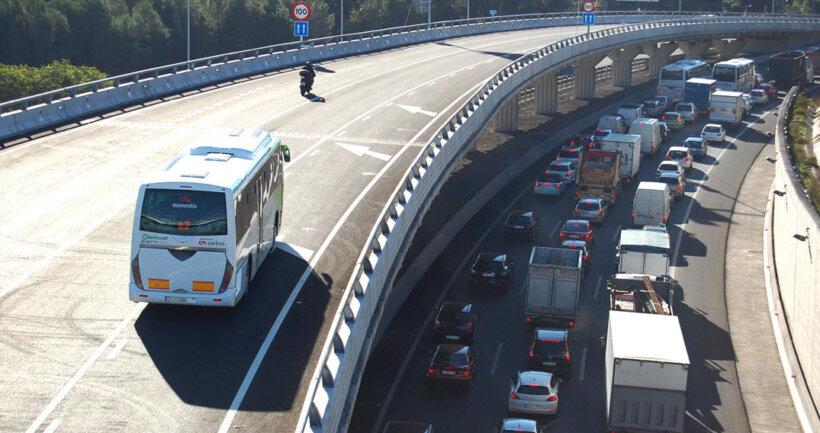 espacios carretera motos carril bus vao